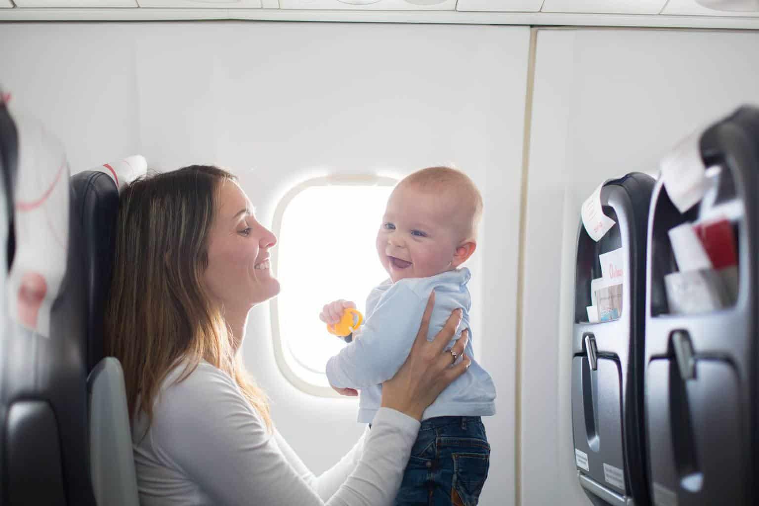 Tips om met een baby te vliegen